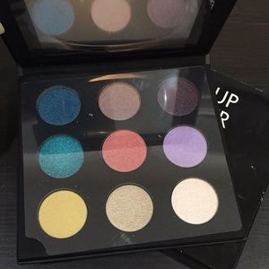 Make up Forever Palette